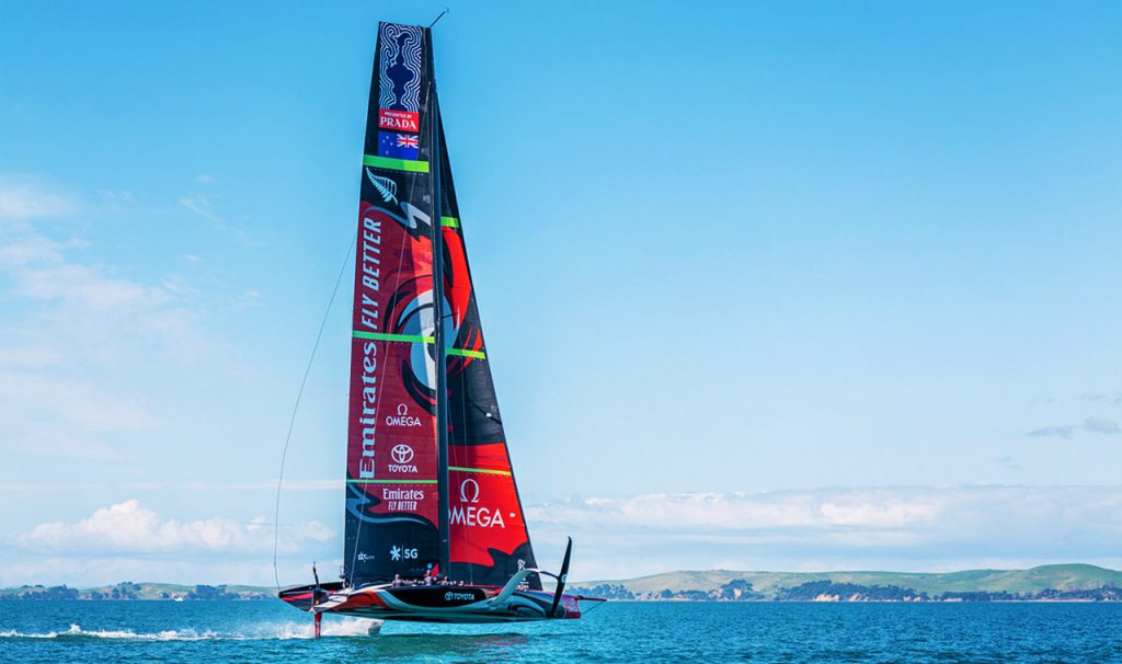 Americas cup boat
